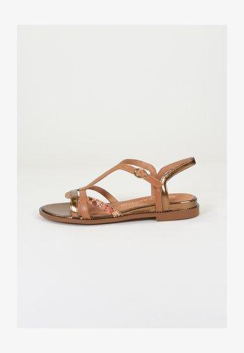 Sandals - ambre