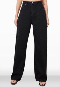 Trendyol - Flared Jeans - black - 4