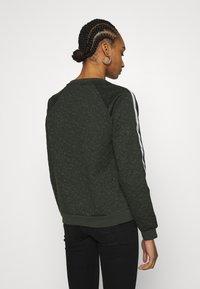 Liu Jo Jeans - FELPA CHIUSA - Sweatshirt - laurel green - 2