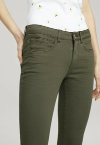 TOM TAILOR - ALEXA - Jeans Skinny Fit - grape leaf green - 3