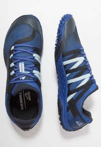Merrell - GLOVE 4 - Trail running shoes - blue - 1