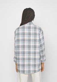 ONLY - ONLELLENE VALDA CHACKET - Summer jacket - cashmere blue/blue/pink - 2