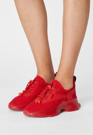 MATCH K - Trainers - red