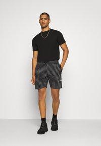 Nominal - Shorts - black - 1