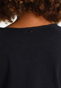 Rich & Royal - HEAVY LONGSLEEVE - Long sleeved top - deep blue - 5