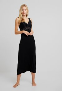 Hunkemöller - LONG - Nightie - black - 0