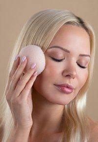 Luvia Cosmetics - KONJAC SPONGE SET VOL.1 - Skincare tool - - - 7