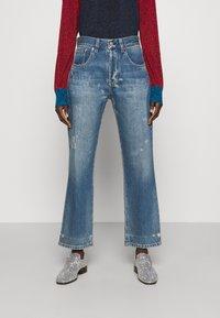 Victoria Beckham - VICTORIA - Straight leg jeans - vintage wash light - 0