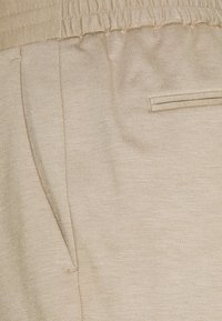 Isaac Dewhirst - SHORT SUIT - Suit - beige - 6