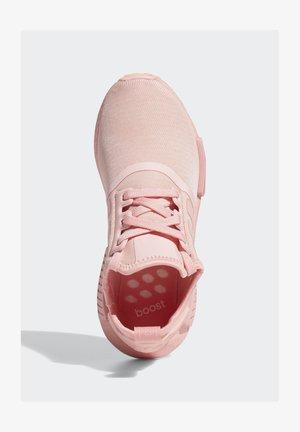 NMD_R1 SHOES - Sneakersy niskie - pink