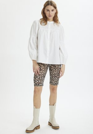 Shorts - black raw leo