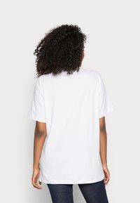 Fila - PURE - T-shirt print - bright white - 2