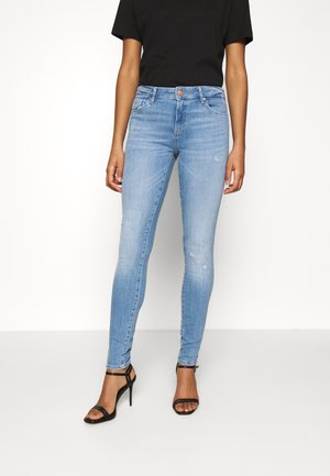 ONLCARMEN LIFE REG - Jeans Skinny Fit - light medium blue