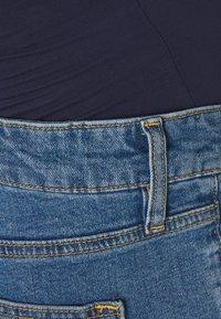 MAIAMAE - LONGER BOY  - Szorty jeansowe - blue - 2