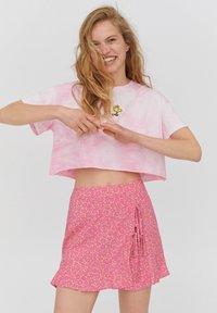 PULL&BEAR - Áčková sukně - rose - 3