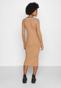 Morgan - MULLY - Jumper dress - camel - 2