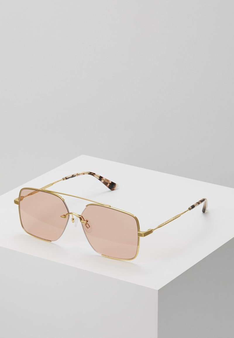 McQ Alexander McQueen - Aurinkolasit - gold-coloured/pink
