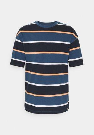 JORPALISADES STRIPE TEE CREW NECK - Print T-shirt - ensign blue