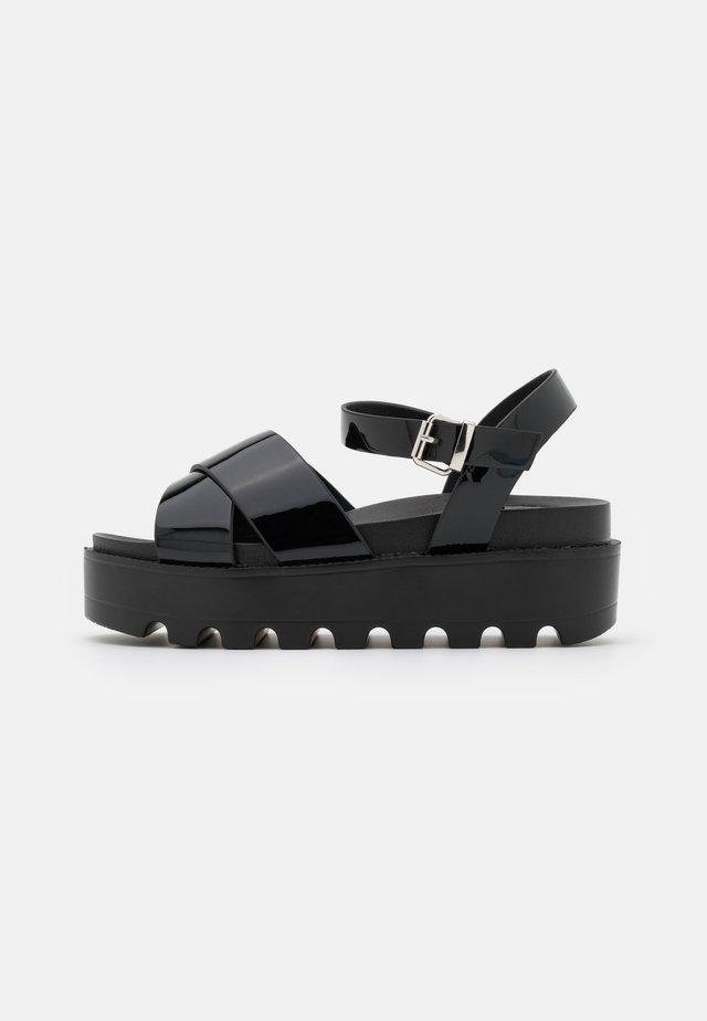 VEGAN ZINA - Sandały na platformie - black