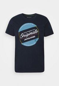 JORTONNI  - Print T-shirt - navy blazer