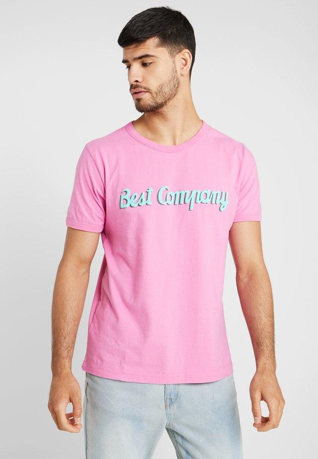 BASIC  - T-shirt print - ciclamino