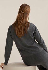 OYSHO - Hair styling accessory - black - 1