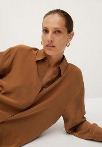 Mango - MADE - Button-down blouse - braun - 5