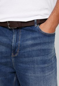 s.Oliver - Jeans Short / cowboy shorts - blue denim stretch - 4