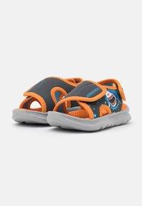 Skechers - C-FLEX 2.0 - Badslippers - charcoal/orange - 1