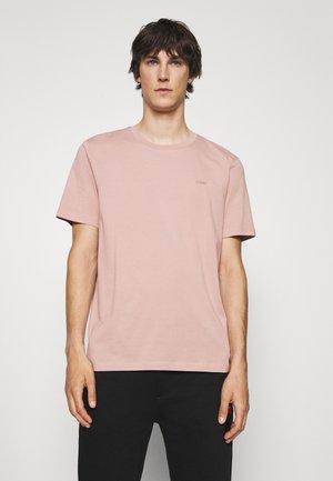 DERO - Basic T-shirt - light/pastel brown