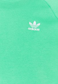 adidas Originals - STRIPES CREW UNISEX - Sweatshirt - semi screaming green - 2