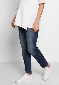 MAMALICIOUS - MLCELIA BOYFRIEND JEANS  - Relaxed fit jeans - medium blue denim - 0