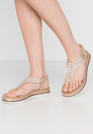 Sandaler m/ tåsplit - sand