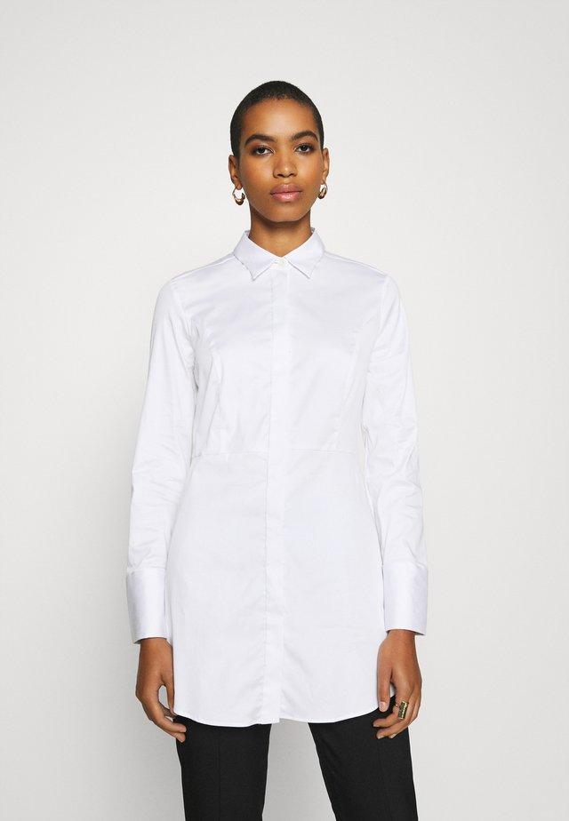ELLEN - Button-down blouse - weiß