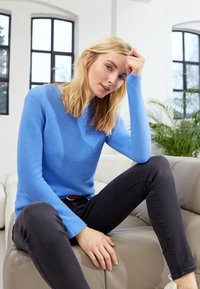 TOM TAILOR - SWEATER NEW OTTOMAN - Jumper - soft charming blue - 5