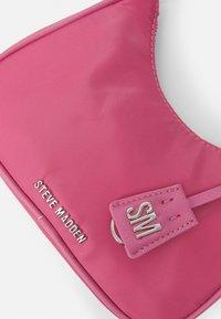 Steve Madden - BGLIDE - Handbag - pink - 3