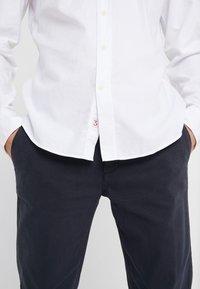 HKT by Hackett - SUPER OXFORD SHIRT - Skjorter - white - 3