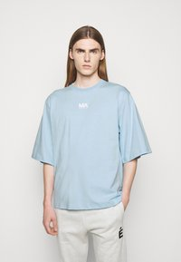 Martin Asbjørn - TEE - Print T-shirt - dream blue - 0