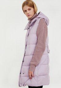 Finn Flare - Waistcoat - lilac - 5