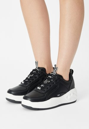 VEGAN FLAT - Sneakers - black