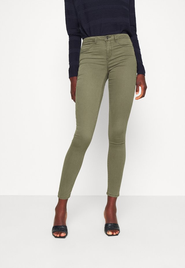 ONLMIRINDA - Spodnie materiałowe - kalamata