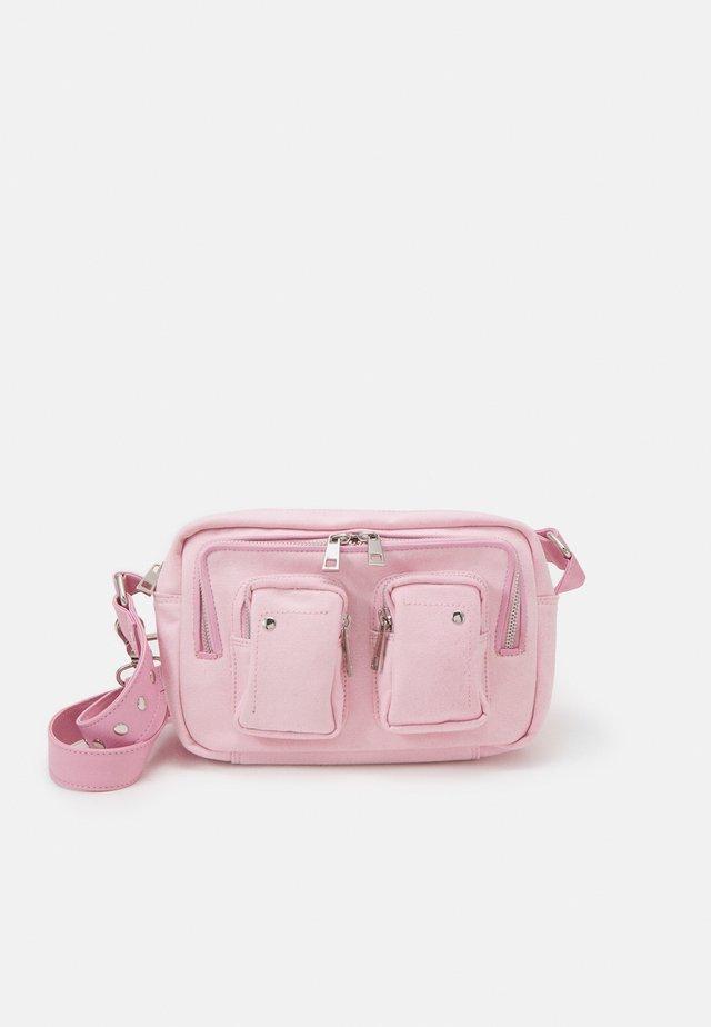 ELLIE - Taška spříčným popruhem - light pink