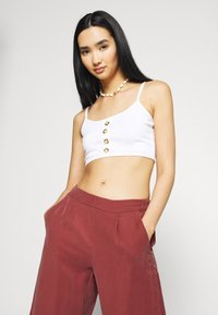 ONLY - ONLCARISA MAGO LIFE CULOTTE PANT  - Trousers - apple butter - 3
