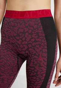 ODLO - BOTTOM PANT PERFORMANCE - Punčochy - black/cerise - 4