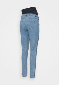 Missguided Maternity - WRATH SPLIT HEM - Slim fit jeans - blue - 1