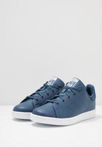 adidas Originals - STAN SMITH - Tenisky - new marin/footwear white - 3