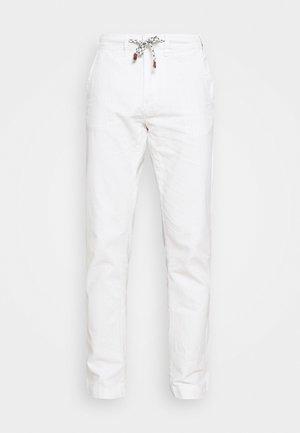 GALLEGOS - Trousers - white