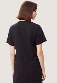Napapijri - SAIT  - Print T-shirt - black - 2