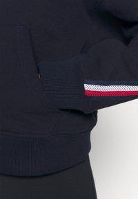 Tommy Hilfiger - RELAXED TAPE HOODIE - Sweatshirt - blue - 4