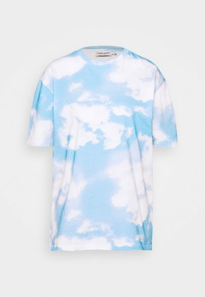 EMILIE MALOU SKY OVERSIZED - Print T-shirt - light blue